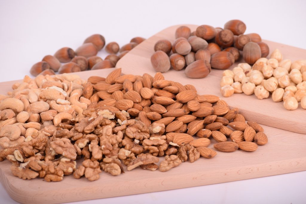 Nuts can improve your mood